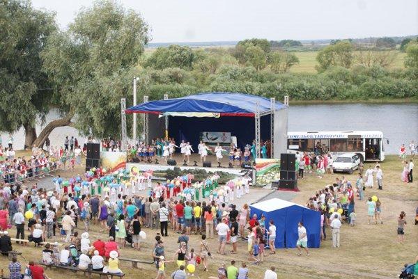 """Фоторепортаж: В Рогачёве впервые за последние годы """"День города"""" организовали на высоком уровне"""