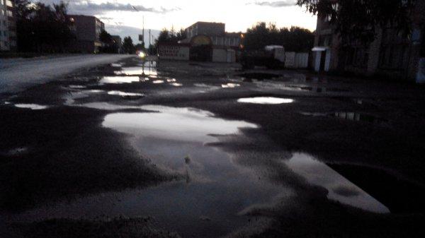 """Центр Рогачёва превратили в огромную строительную площадку, а про район МКК и другие районы """"забыли"""""""