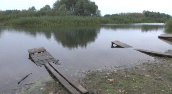 Гребная база в Рогачеве требует капитального ремонта или перестройки