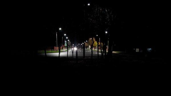 """Как на пешеходном ЖД-переходе между СХТ и """"Девятками"""" в тёмное время суток не поломать ноги и не разбить голову?"""
