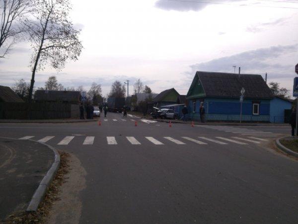 В Рогачеве произошла страшная авария, столкнулась фура с легковушкой