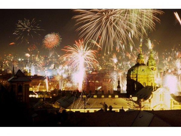 Белорусы активно заказывают новогодние туры в Европу