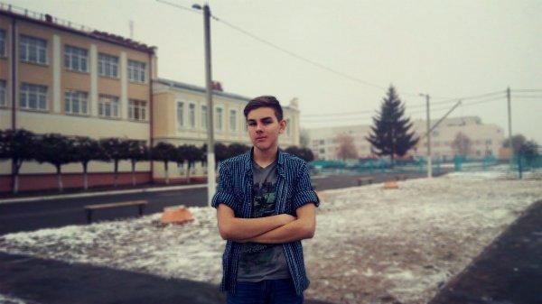 Рогачёвский школьник Дмитрий Рогалевич снял социальный ролик к Дню борьбы со СПИДом