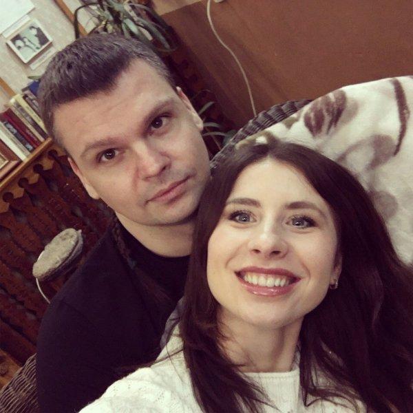Как прошёл романтический вечер Юлии и Дмитрия в Рогачёвском музее: молодые люди надолго запомнят 14 февраля