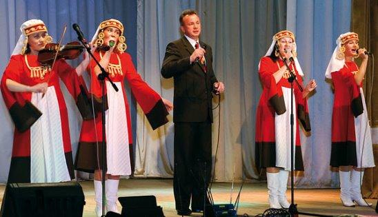 """6 октября в Рогачёвском ГДК состоится бесплатный концерт живой музыки """"Выходной на работе"""""""