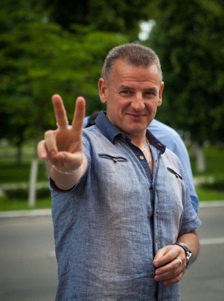 Лучшему юмористу Рогачёвского района Сергею Щуру сегодня исполнилось 49 лет!