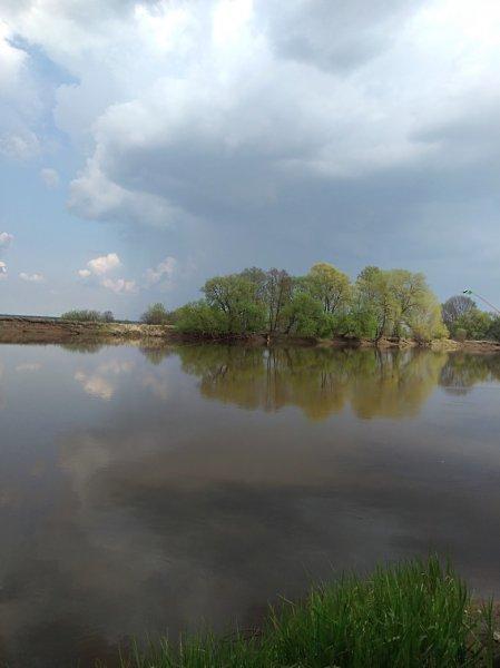 Фотофакт: В Рогачёве на Пасху обрушились проливные дожди и град