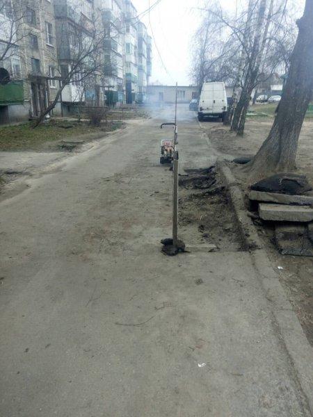 В КЖЭУП «Рогачёв» рассказали, что так не так с лужами по улице Гоголя