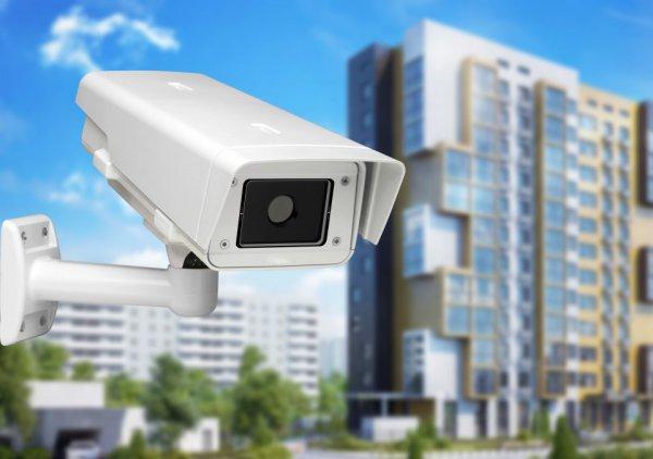 В Рогачеве на многоквартирные дома начали  массово устанавливать системы видеонаблюдения