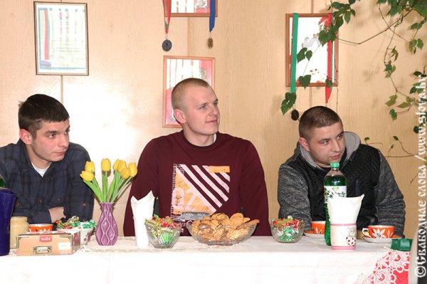 Виталий Сушко встретился с молодыми специалистами: обсуждали и низкие зарплаты, и проблемы с жильём