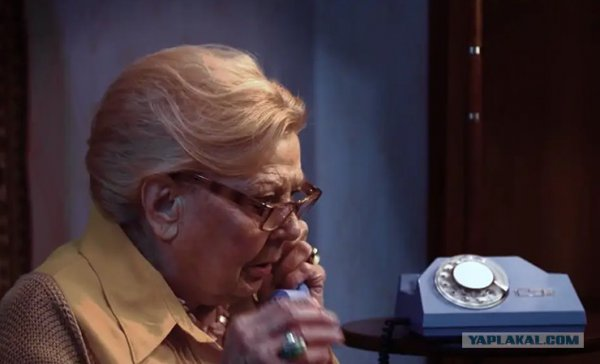 «Нам всем п......»: ОНТ жестоко посмеялось в рекламном ролике над белорусскими пенсионерами - видео