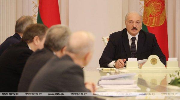 Александр Лукашенко: Для наркоманов и курцов коронавирус - хороший урок