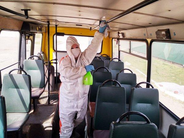 В Рогачеве общественный транспорт проходит дезинфекцию