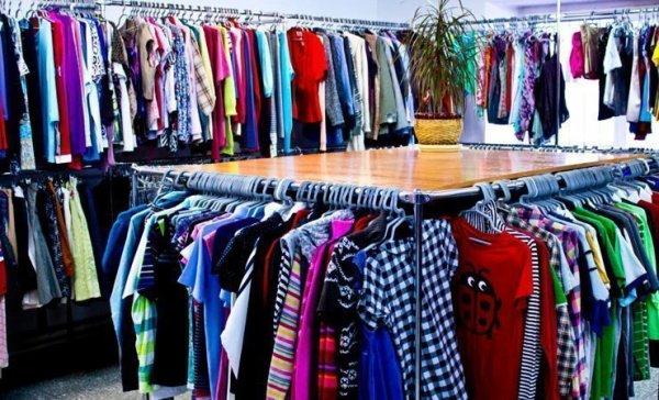 В Рогачёве могут закрыть магазины низких цен на одежду: в Гомельской области массовые конфискации товара