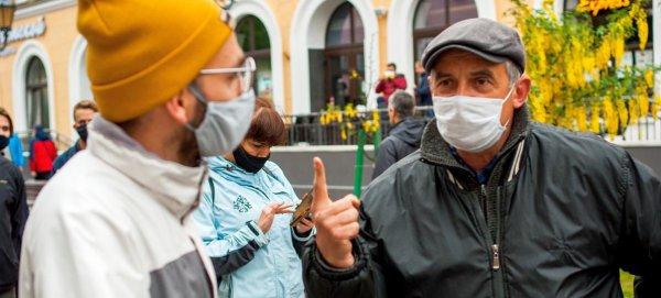 Видеорепортаж из бунтующего Бобруйска: Жители города жёстко ответили президенту на угрозы и оскорбления