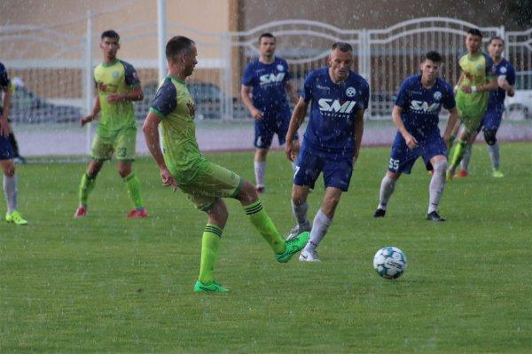 Рогачёвский Днепр уступил на своём поле футболистам из Смолевичей со счётом 1:2