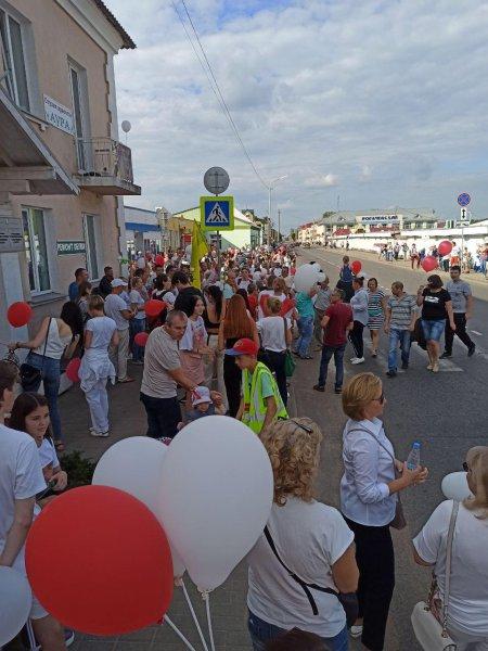 Сильное видео: Жители Рогачёва требуют от «Свабоднага Слова» прекратить врать