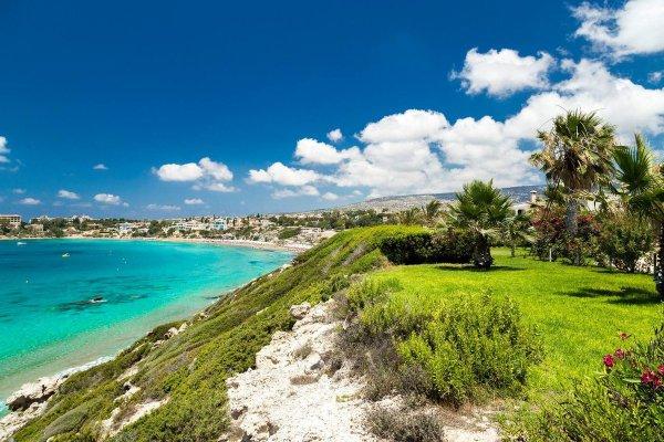 Как за относительно небольшие деньги провести отпуск на Кипре?