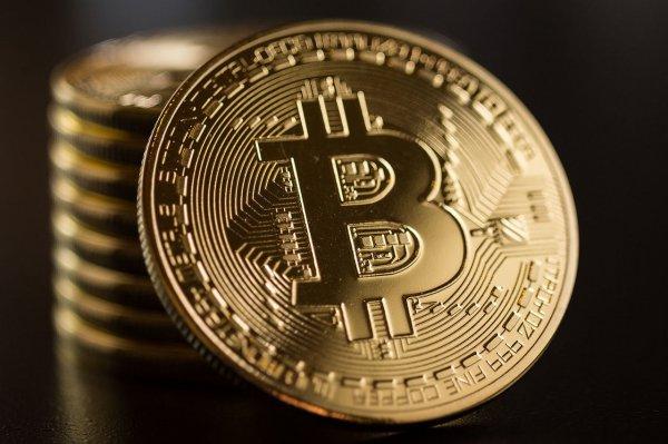 Конвертируем криптовалюту в реальные деньги: что делать с биткоином?