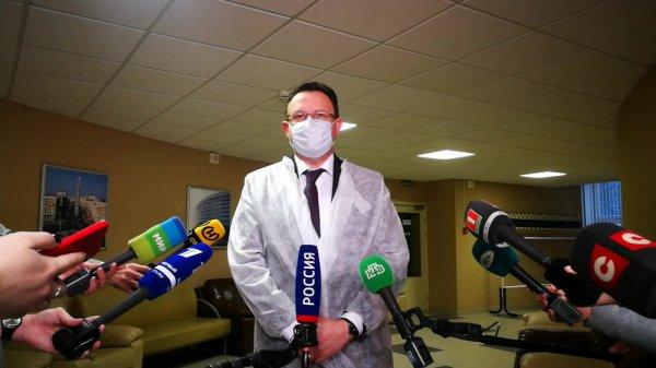 Глава Минздрава не видит причин для паники из-за появления британского штамма коронавируса в Беларуси