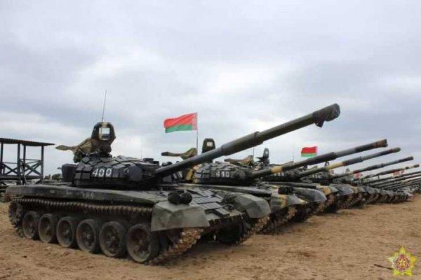 К западным границам Гродно пригнали бронетехнику и 400 военнослужащих