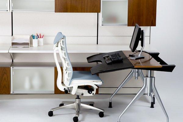 Эргономика рабочего места: комфортный стол и стул для офиса