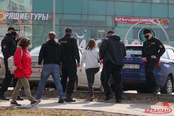 В марте за участие в акциях протеста было задержано 1139 человек