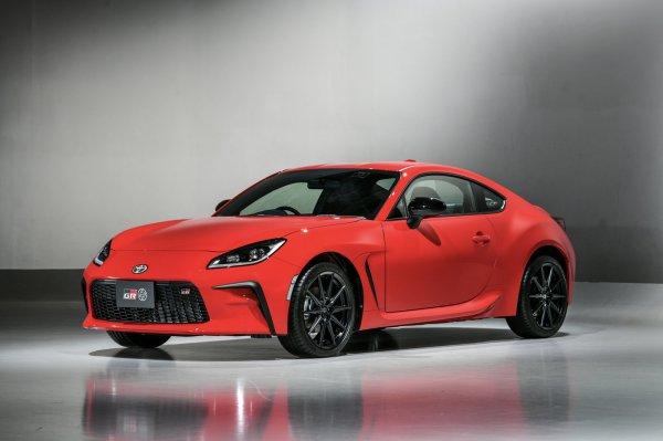 Toyota показала новый доступный спорткар GR 86