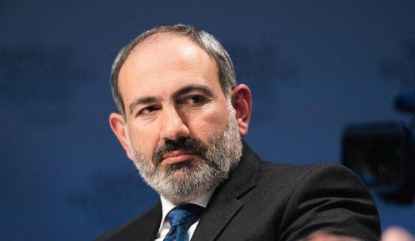 В конце апреля Пашинян подаст в отставку