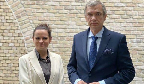 Хранение и распространение фотографий Тихановской и Латушко хотят приравнять к экстремизму