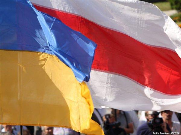 Украина и Беларусь ставит отношения между странами на паузу - Макей