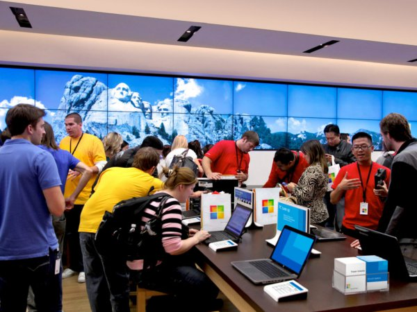 Рыночная стоимость компании Microsoft приблизилась к $2 трлн