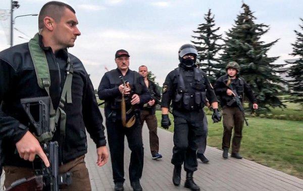 Лукашенко заявил, что его хотели застрелить с гранатомёта во время военного парада