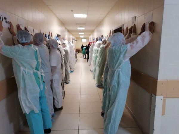 Очереди в поликлинике: Рогачёвские врачи бегут из страны, масштабы кадровой катастрофы скрываются