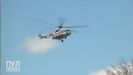 Лукашенко на вертолете проводит инспектированием хода посевной кампании