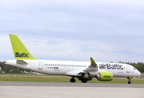 Авиакомпания AirBaltic прекращает полёты над территорией Беларуси