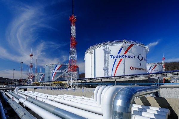 «Транснефть» в два раза сокращает поставки нефти в Беларусь