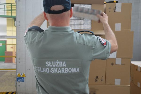 В Польше арестована партия белорусских сигарет на сумму 2,5 миллиона долларов