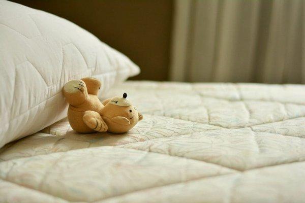 Врач-невролог рассказала, признаком каких заболеваний может быть долгий сон