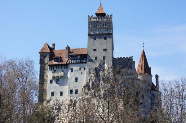 В замке Дракулы открыли пункт бесплатной вакцинации от коронавируса
