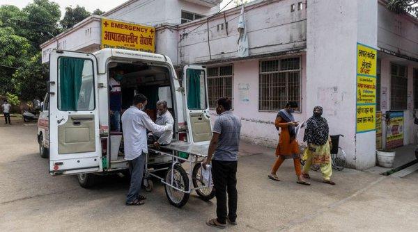 В Индии зафиксировали новый антирекорд по числу смертей от COVID-19 за сутки