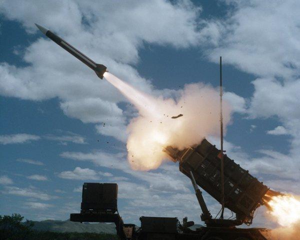 ХАМАС заявила о запуске 100 ракет в сторону Израиля