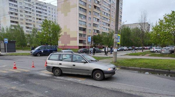 В Минске водитель «Опеля» сбил на пешеходном переходе 13-летнего ребёнка