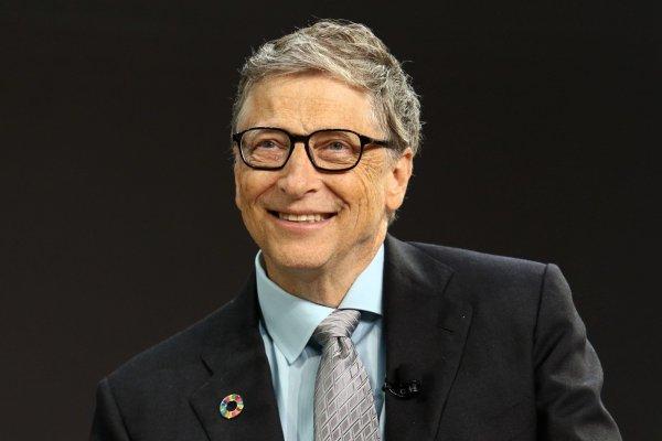 Билл Гейтс покинул Microsoft из-за интимной связи с сотрудницей компании