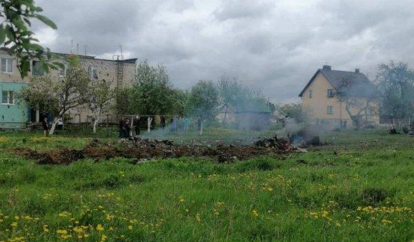 В Барановичах разбился военный самолет, погибло два лётчика