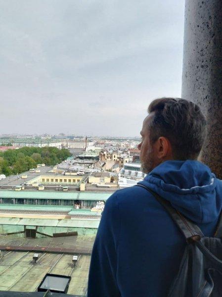 Руководитель спецпроектов TUT.by Александр Демидович заявил, что возвращается в Беларусь