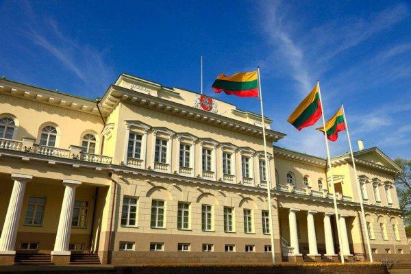 Литва и другие страны НАТО призвали своих граждан немедленно покинуть Беларусь