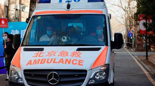 В Китае пассажирский поезд насмерть сбил 9 человек