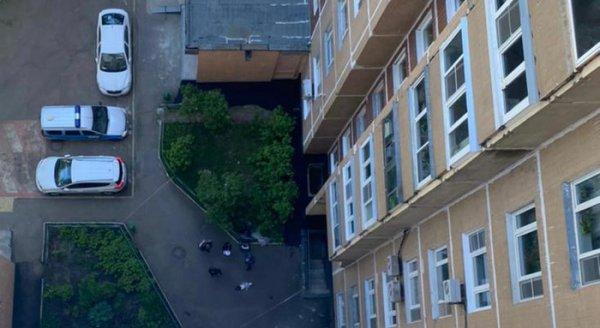 В Москве выпал из окна 14-го этажа и погиб годовалый ребенок