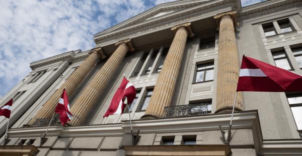 В МИД Латвии призвали граждан отказаться от поездок в Беларусь